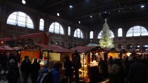 Zurich HB Christmas Market 01